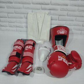 Полный набор для бойца, рукопашный бой (кимоно, перчатки, накладки, защита паха, капа, шлем)