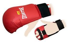 Перчатки накладки для карате Matsa (красные)
